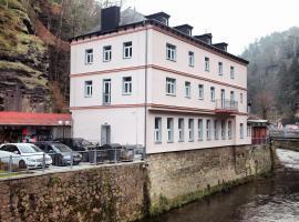 Hotel Kotva – hotel w mieście Hřensko