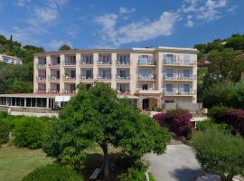 Hotel Residence Beach, hotel in Cavalaire-sur-Mer