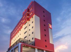 ibis Pontianak City Center, spa hotel in Pontianak