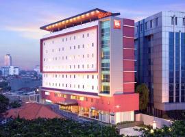 Ibis Jakarta Senen, hotel in Jakarta