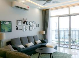 Riverfront Seaview Condo in Georgetown, by Sanguine, apartment in George Town