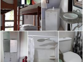 Chalet guesthouse, hotel in Lauro de Freitas