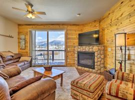 Downtown Condo with Mtn Views Near Grand Lake!, hotel in Grand Lake