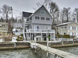Waterfront Home with Hot Tub & Kayaks & Dock!, hotel in Geneva