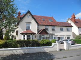 Brigstock House, hotel near Maesdu Golf Club, Llandudno