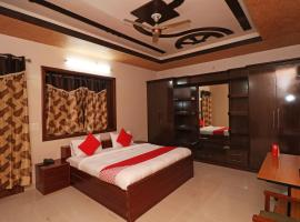 OYO 27055 Love Guest House, hotel in Rohtak