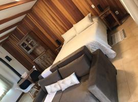 OAK Plaza Studios, self catering accommodation in Monte Verde