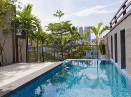 Beautiful Pool Villa near Vincom Plaza, cottage ở Đà Nẵng