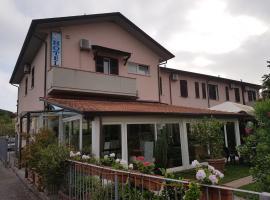 Hotel Patrizia, hotel a Marina di Massa