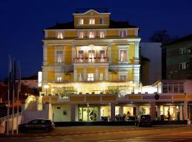 Hotel Anna Palace, hotel Ruszéban