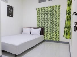 OYO Life 3021 Kost Setia, hotel near Halim Perdanakusuma Airport - HLP, Jakarta