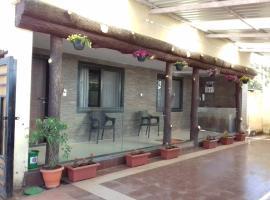 Mahapanch Hotel Services Kondalkar's Residency, hotel in Mahabaleshwar