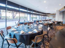 Crowne Plaza Canberra, hotel near National Convention Center Canberra, Canberra