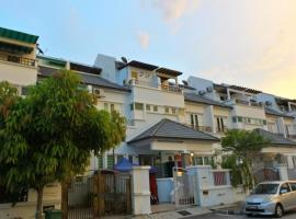 OYO 89880 Vstay 2 Guesthouse, hotel near Setia SPICE Convention Centre, George Town