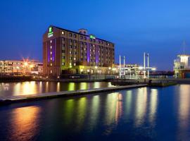 Holiday Inn Express Manchester - Salford Quays, an IHG Hotel, hotel near Old Trafford Stadium, Manchester