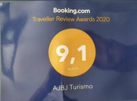 AJBJ Turismo, hostel in Curitiba