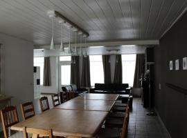 De Blauwer, Roesbrugge, hotel in Poperinge