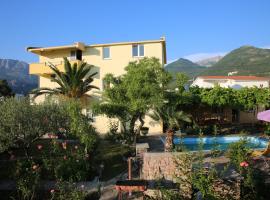Garden 2, отель в Баре