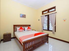 OYO 2864 Mangsit Garden Residence, hotel in Mangsit