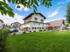 Hotel Nocker, hotel in Dobbiaco