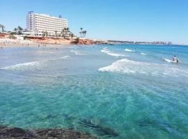 APARTAMENT ORIHUELA COSTA PLAYA FLAMENCA, hotel en Orihuela Costa