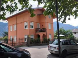 Casa Alby, apartment in Levico Terme