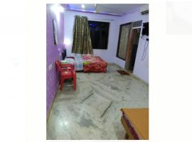 Varad Residency, hotel in Matheran