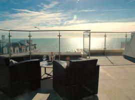 Green Diamond by Creatick Apartments, apartment in Brighton & Hove