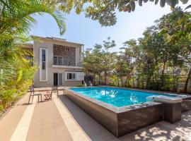 Sorina Apus by Vista Rooms, hotel with pools in Panchgani