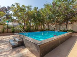 Sorina Ara by Vista Rooms, hotel with pools in Panchgani