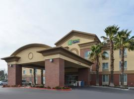 Holiday Inn Express Woodland, hotel near Sacramento Airport - SMF, Woodland
