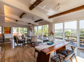 SaffronStays Seaview Soiree, hotel with pools in Thane