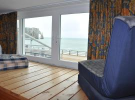 Les Roches Blanches, accessible hotel in Étretat