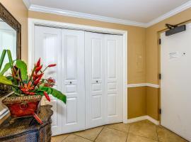 1605 Emerald Isle, apartment in Pensacola Beach