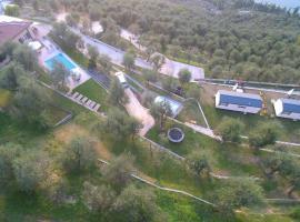 Agricampeggio Relax Maxicaravan, glamping site in Castelletto di Brenzone