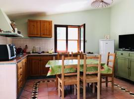 Villetta al Mare circondata dal Verde (Carloforte - Spalmatore), holiday home in Carloforte