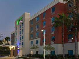 Holiday Inn Express Hotel & Suites Fort Lauderdale Airport/Cruise Port, hotel near Las Olas Boulevard, Fort Lauderdale