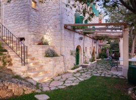 Serendipity - Luxury Stone Villa - a place where you can be yourself or feel like home, hotel with jacuzzis in Tučepi