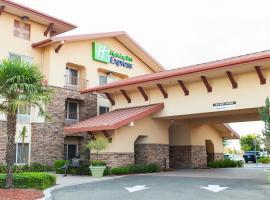 Holiday Inn Express Turlock, an IHG Hotel, hotel v destinaci Turlock