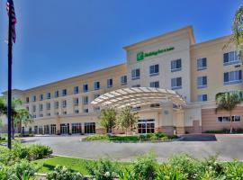 Holiday Inn Hotel & Suites Bakersfield, hotel v destinaci Bakersfield