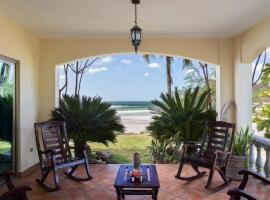 Villas Iguana A-2 Beachfront Condo, hotel in Rivas