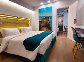 Athenian Montaza Hotel, hotel near Neos Kosmos Metro Station, Athens