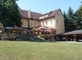 Hotel Lipa, hotel v Bojniciach