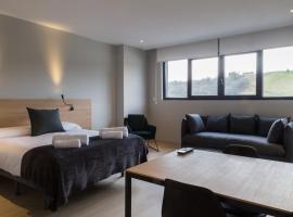 Milimara Suites, guest house in San Sebastián