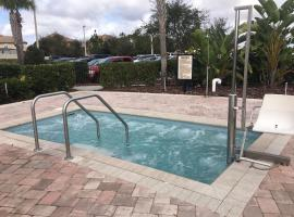 New house in Orlando with golf courses, club and close to Disney, pet-friendly hotel in Kissimmee