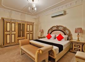 Al-faleh Hotel، فندق في الباحة