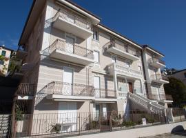 Appartamento nuovo con posto auto, apartment in Varazze