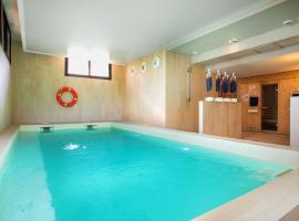 Soleil Vacances Parc Hotel & SPA, Hotel in Briançon