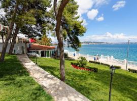 JADRAN All Inclusive Resort, hotel in Trogir