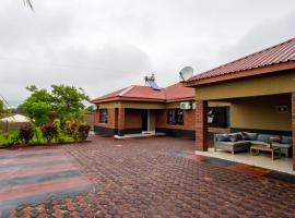 Sweet Holiday Homes, hotel in Victoria Falls